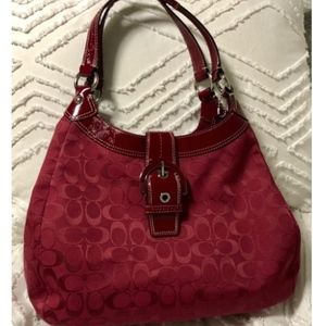 Coach Soho Large Size Soho Lynn Signature F17403